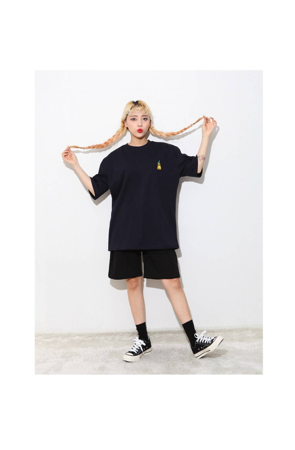 Embroidered short sleeves T