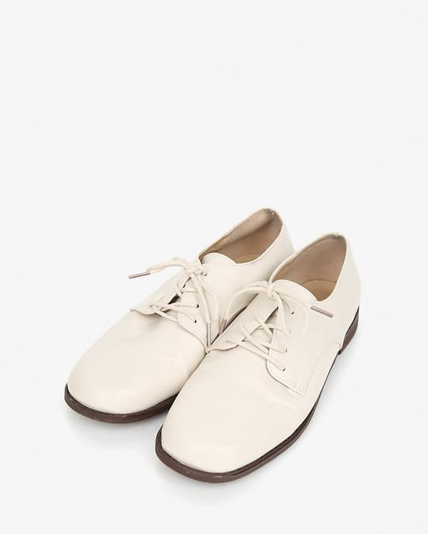 meet basic square loafer