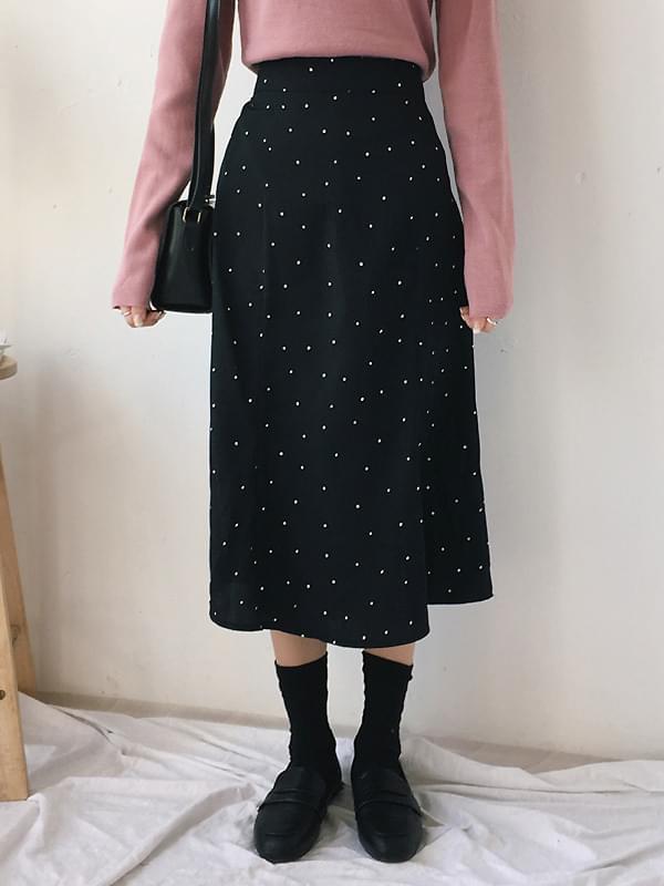Love dot long skirt