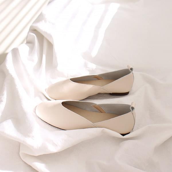 Tulip Line Flat Shoes