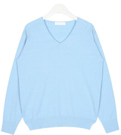 thin v-neck knit