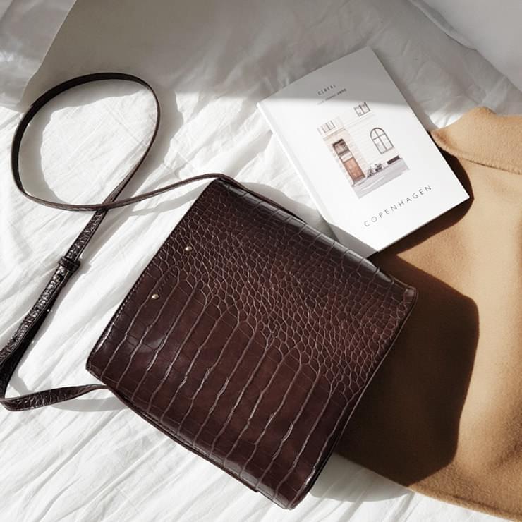 Leum Crochet Bag