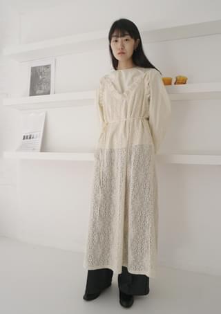 gorgeous lace long dress