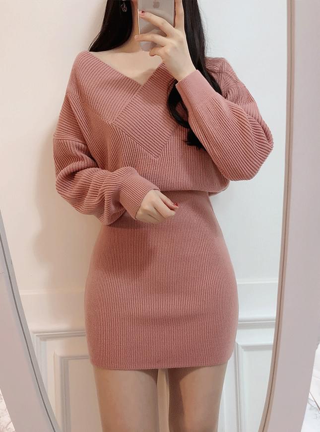 Queens Knit Mini Dress