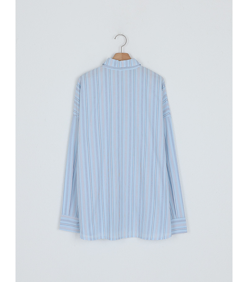 like modern stripe shirt