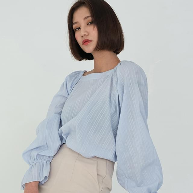 square back point blouse
