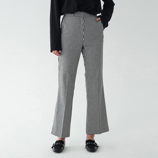 stylish boots-cut pants