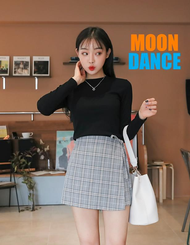 Moon Dance Gold Tees