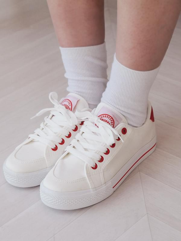 Simple Color Line Sneakers