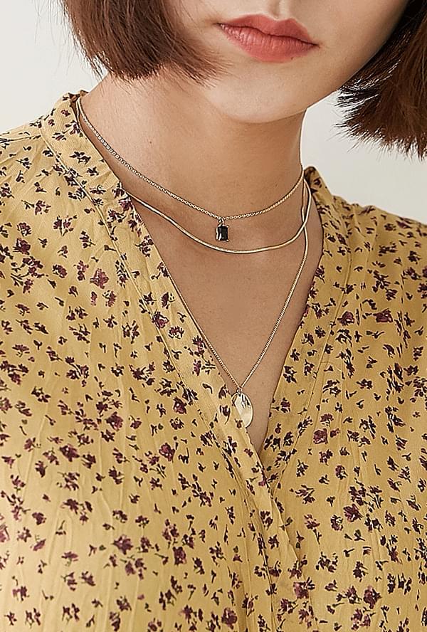 Toion Necklace Set