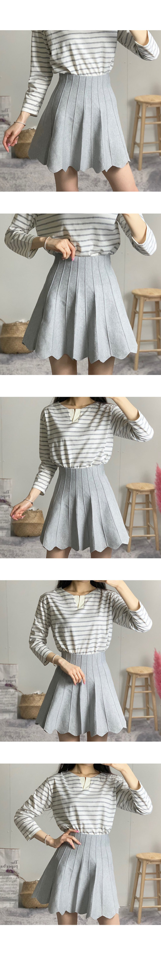 Three-step wrinkled knit skirt