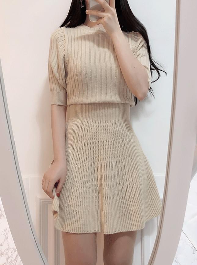 ♥ Moko Golgi knit mini ops