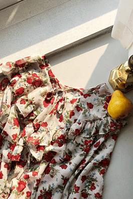 Rose bouquet blouse
