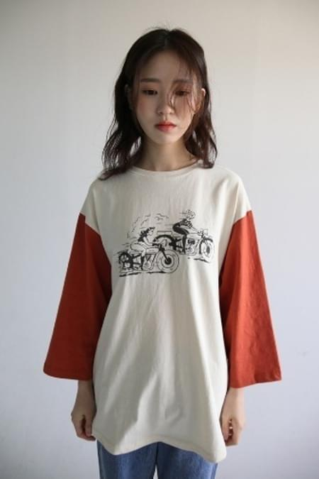 color sleeve character tee