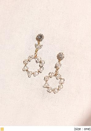 PURE CRYSTAL CIRCLE EARRING