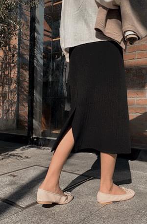 Long skirt long skirt