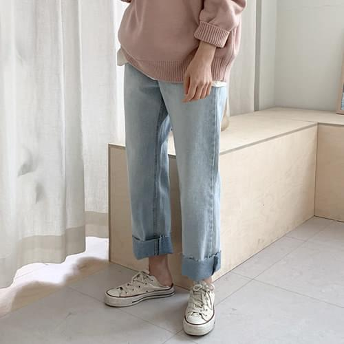 Buffy Yeon Straight Pants