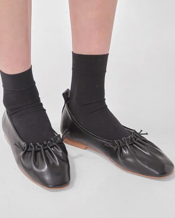 wrinkle flat shoes