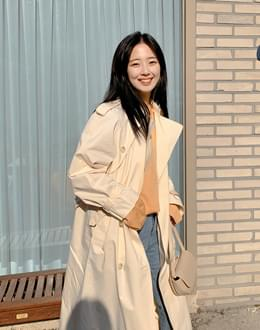 Loppel trench coat