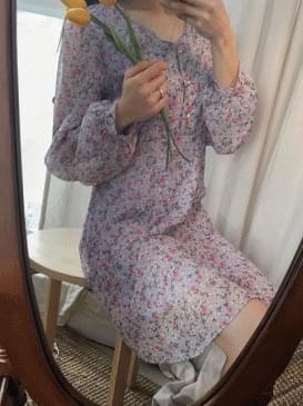 Pearl Levitt Flower Dress