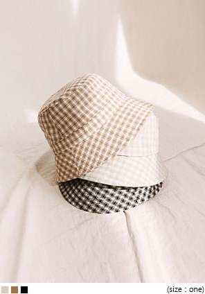 PLUCKY CHECK BUCKET HAT