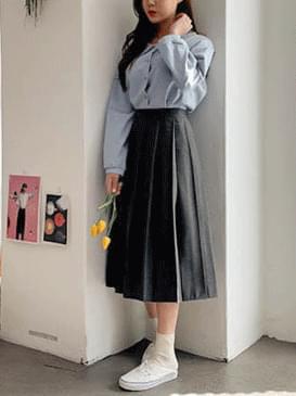 Midi Love Pleated Skirt