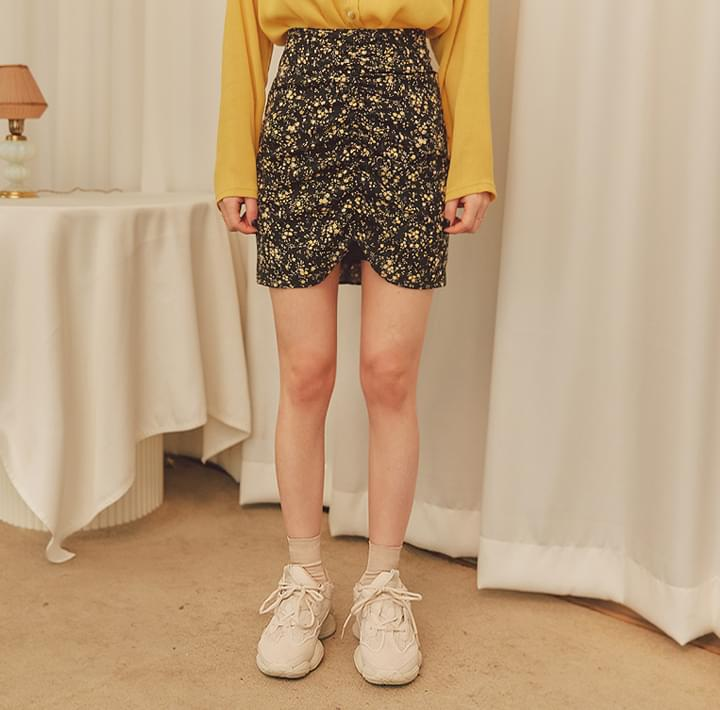 MERIN FLORAL SHIRRING MINI SKIRT