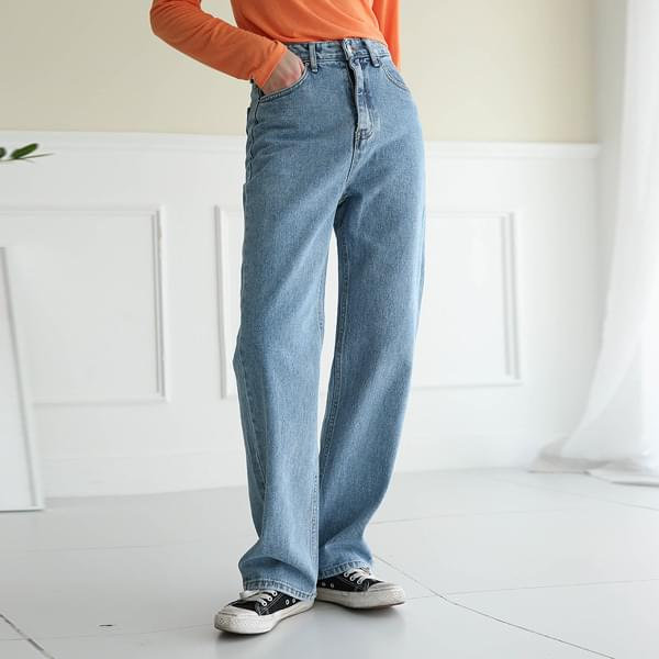 Tread light denim pants