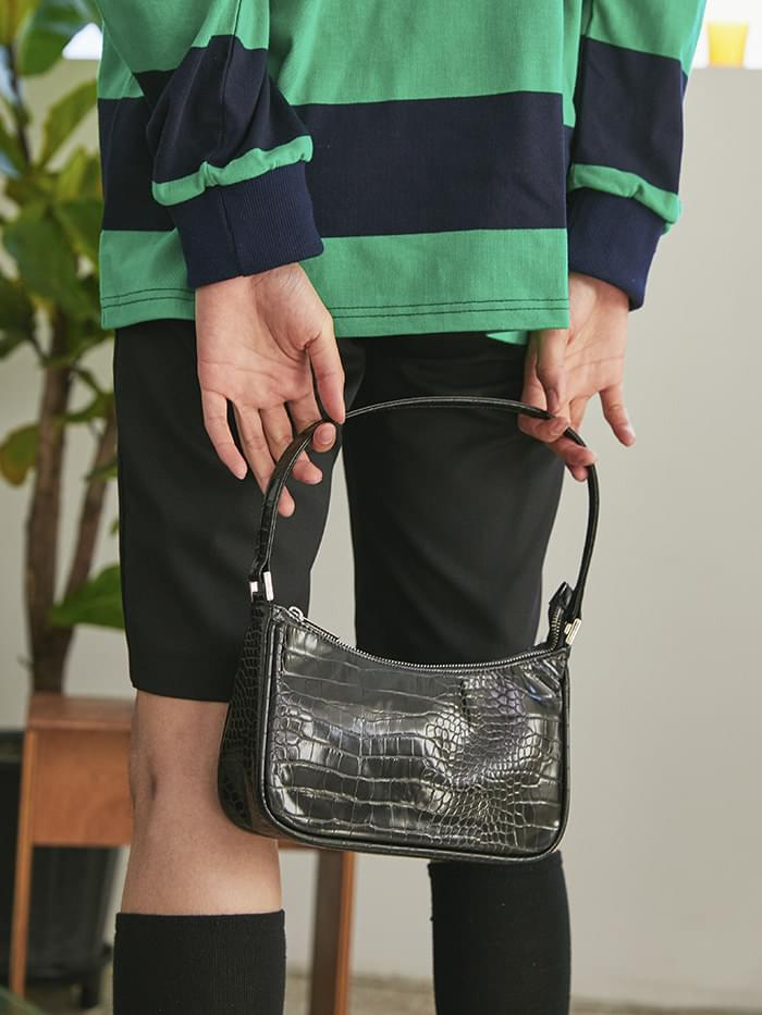 90s mood crocodile shoulder bag