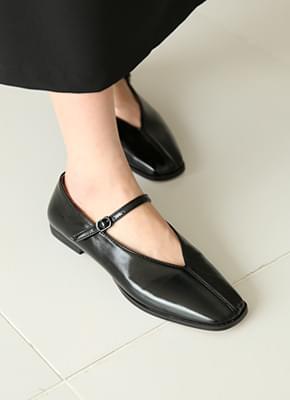Fogg Mary Jane Shoes