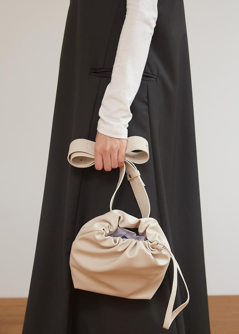 bucket cross bag