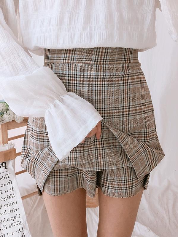 Berry check skirt