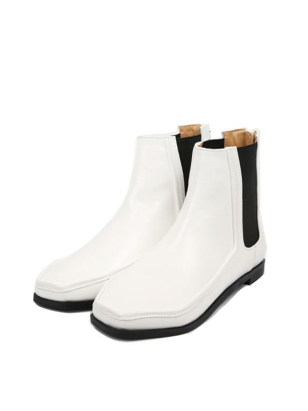 hexagon chelsea boots