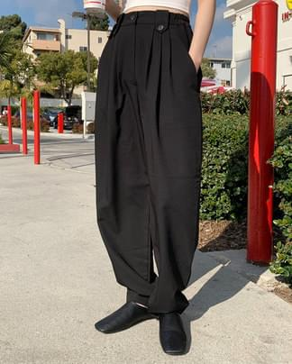 mannish button wide slacks