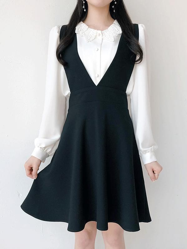 Toy V neck dress