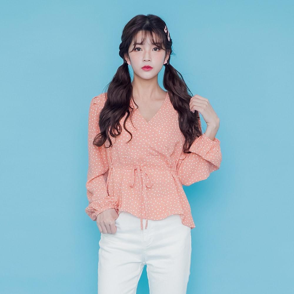 Puyalled dot blouse