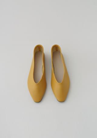 colorful basic flat shoes
