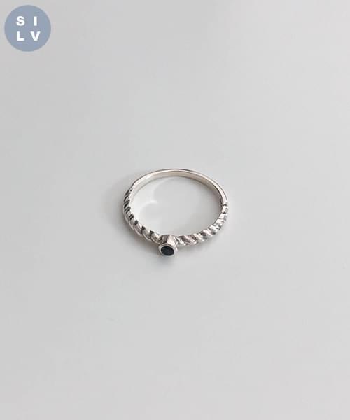 ginger ring
