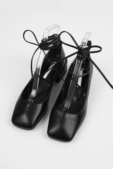 squre toe strap middle heel