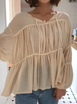 Vanilla ribbon blouse