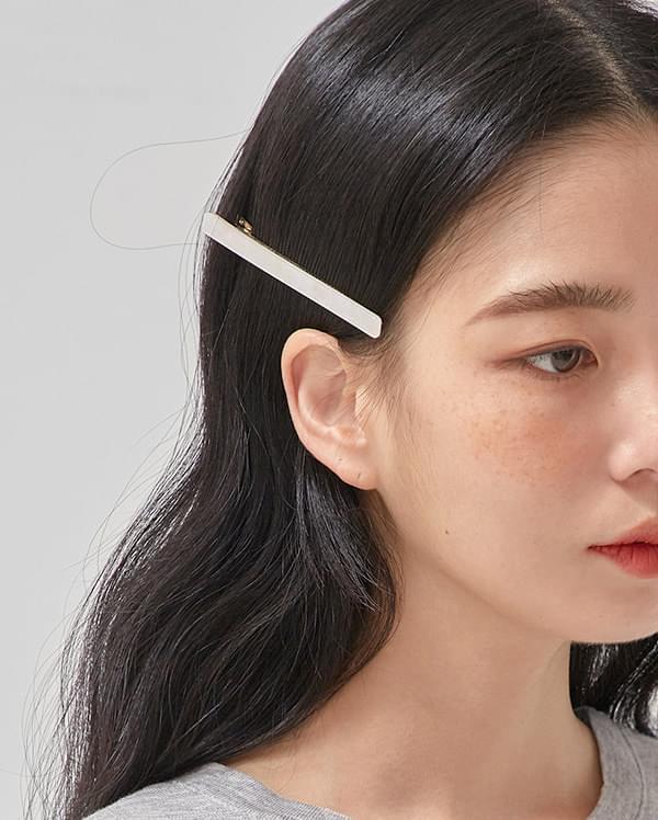 line marble hair pin