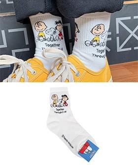 Lettering Snoopy Socks