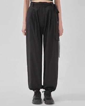 berry jogger strap cotton pants