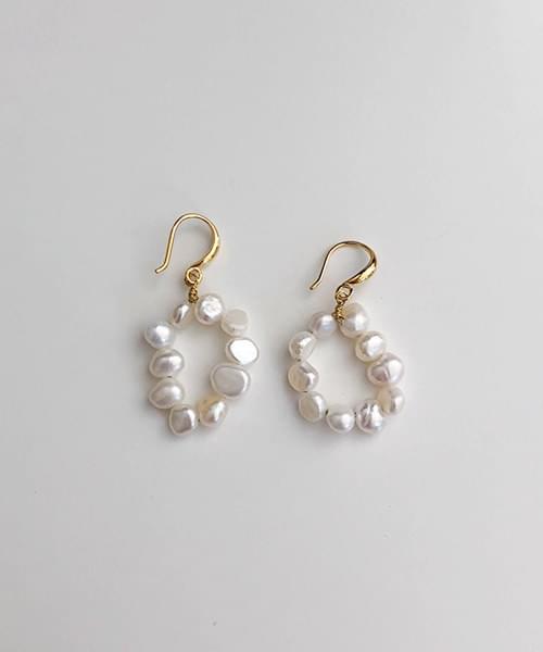 weave pearl earring