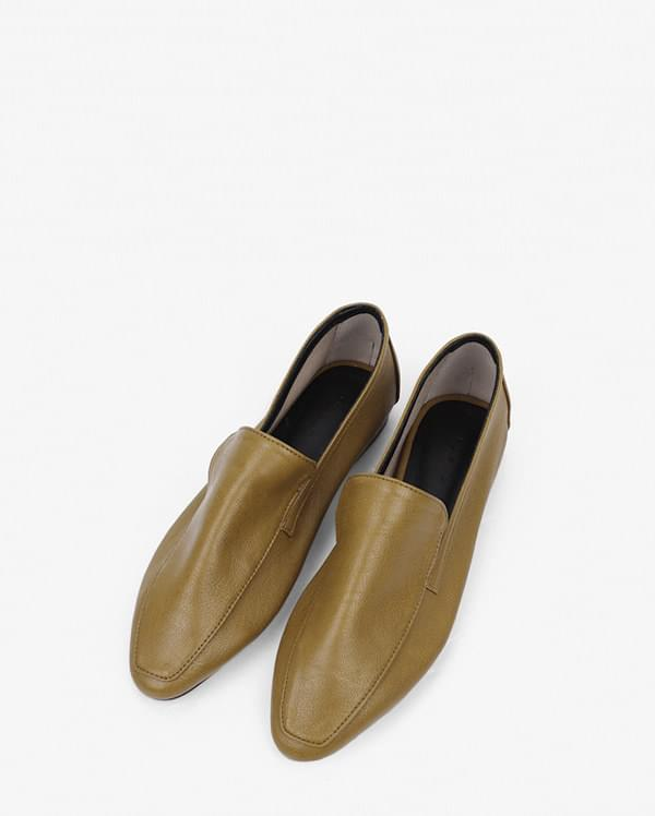 dani daily loafer (230-250)