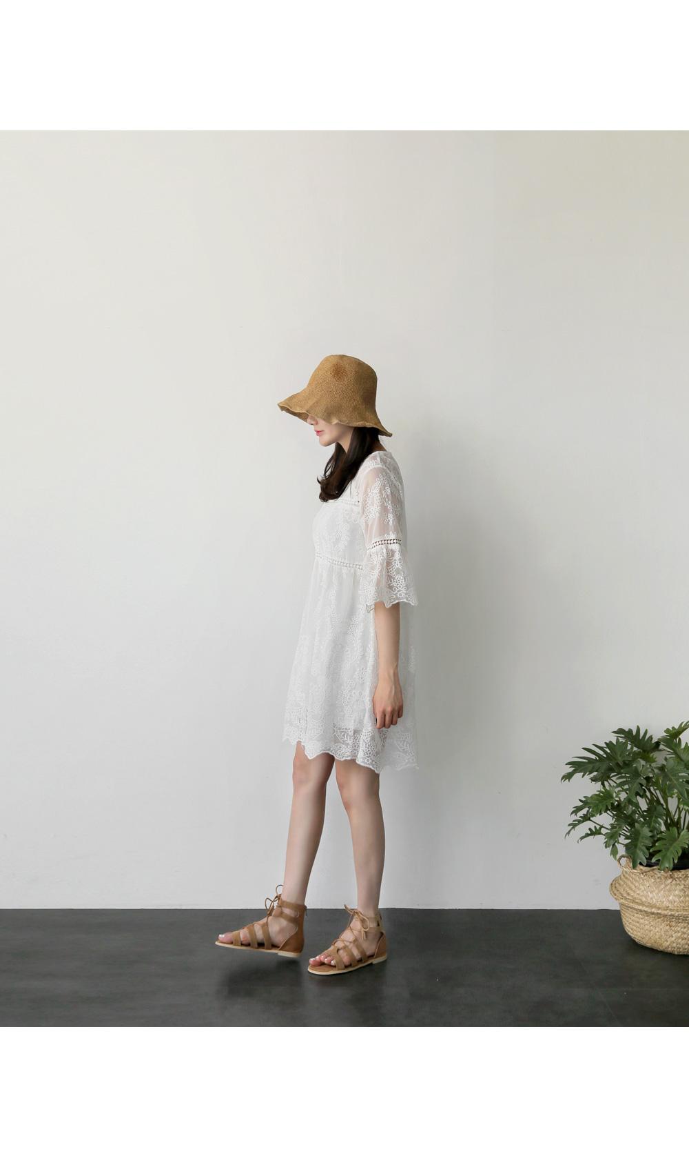 Crane hat