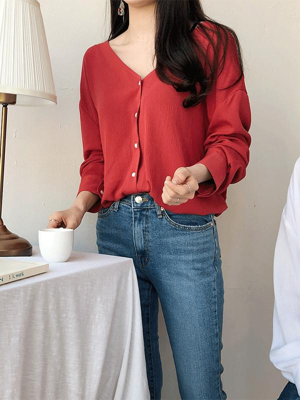 S-V neck blouse