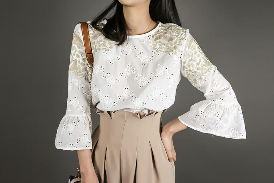 Cotton Embroidery Frill Crop Blouse _bl03056