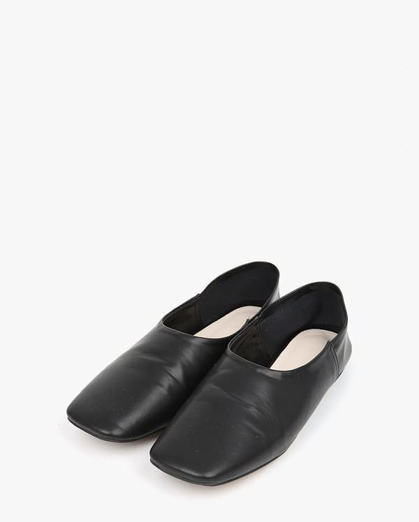 square toe loafer (230-250)