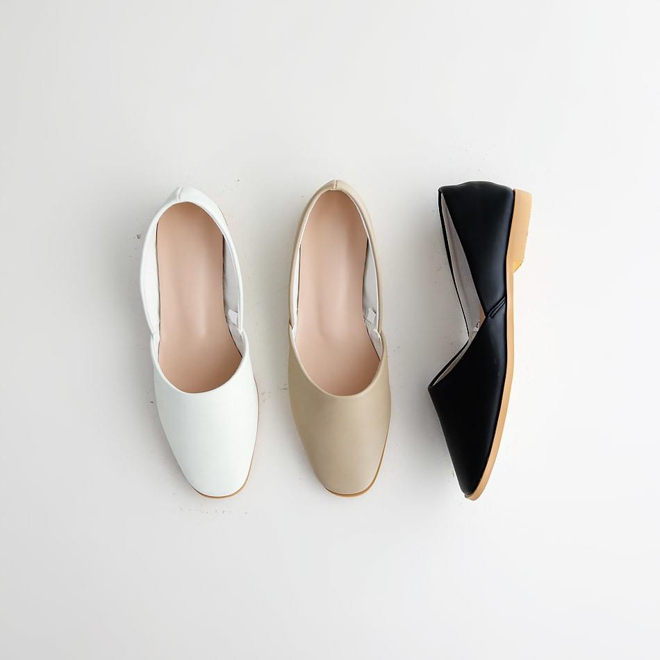Regola Flat Shoes 1.5cm